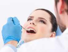 крошатся зубы: что делать