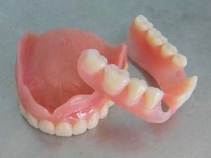 Нейлоновые зубы
