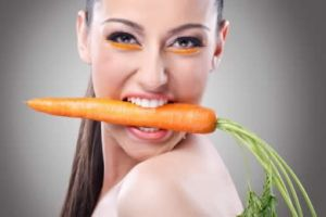 Морковь в зубах
