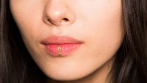 Пирсинг на нижней губе