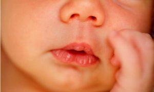 Лицо младенца